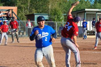 1656_YK HBC vs Hay River 2013 (1 of 1)